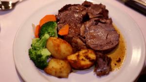 innsville-roast-beef